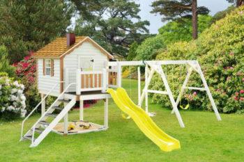 Загородный дом - как обустроить детскую площадку в саду-3